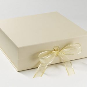 Memory box - Ivory with ivory grosgrain ribbon