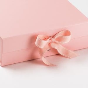 Memory box - Pink with pink grosgrain ribbon